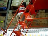 morena boazuda trabalhando (brunette big ass) 111