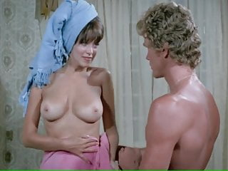 Vintage Celebrities video: PHYLLIS DAVIS,PAMELA COLLINS...NUDE (1972)