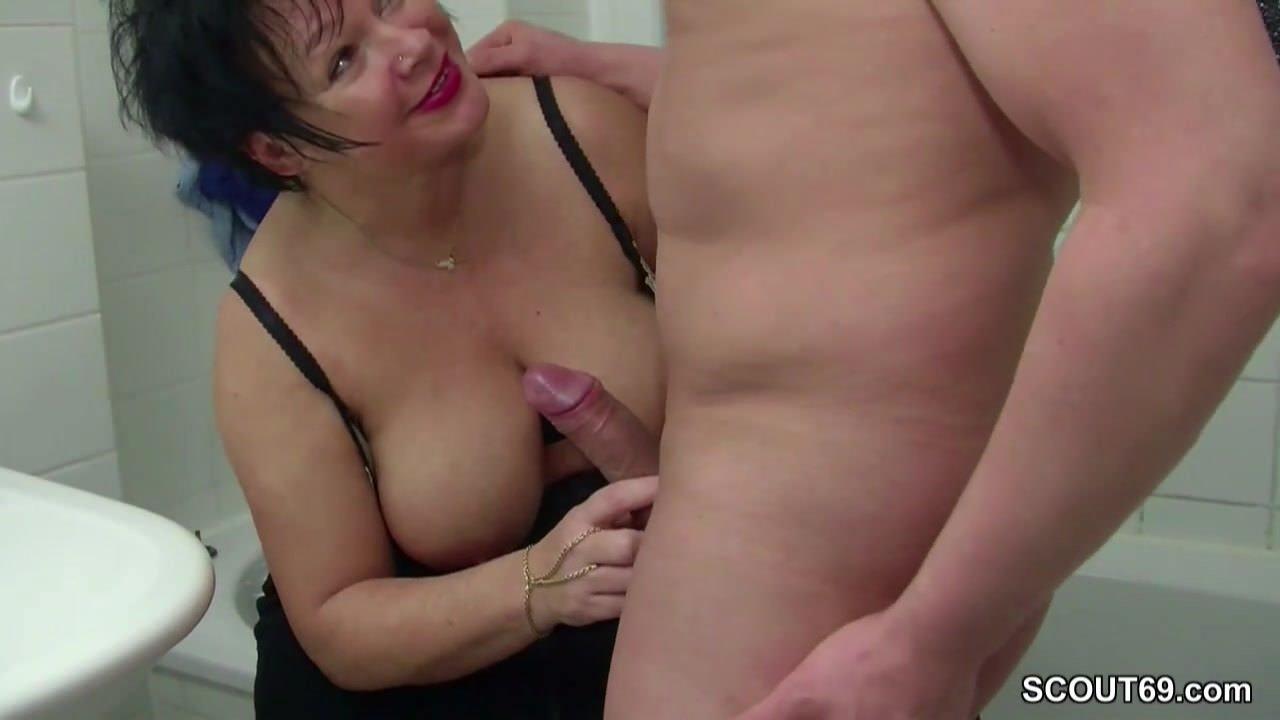 Смотреть подборка женских оргазмов мастурбация скрытой камерой