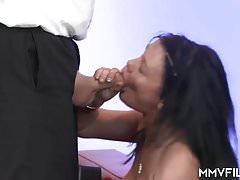 Německé MILF porno casting