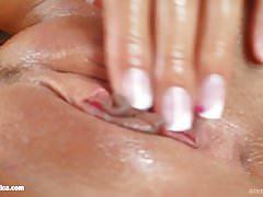 Solo-Fingersatz mit Adrienne auf Sapphix