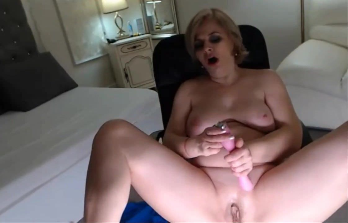 Matures,Handjob,Milf,Orgasms,HD Videos