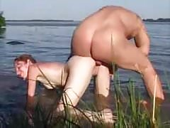 Nude pláž - Tan Lines Redhead Babe Anal a CIM