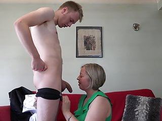 Bbw Blowjob Milf video: Home sex with lovely mature mom and son