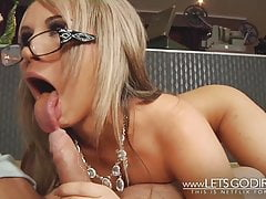 MILF BEST CUMSHOT EVER