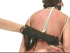 Bandage lesbien chaud