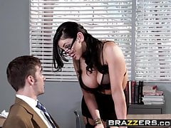 Duże cycki w szkole - Audrey Bitoni Logan Pierce - The Big Th