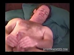 Wild eyed mature straight guy jacks off | Porn-Update.com