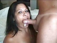 hotwife latina Milf cum baci suo marito