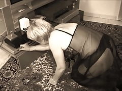 Granny Blowjob v černém skluzu (zbarvený)