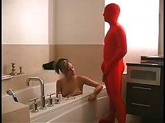 Cucolded handjob u Bath