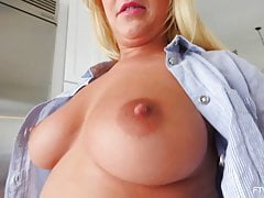 Amber Deen Scottish Blonde MILF