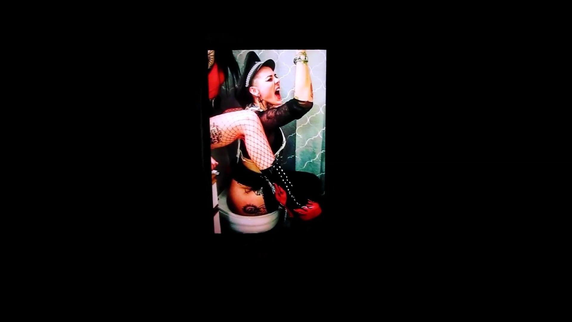 Sophie Seaman-Cass on a toilet cum tribute