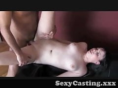 Casting - Její první kohoutek na kameru