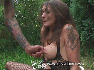 Hardcore Slave Sadist video: brutaler sadist bestraft unterwuerfige milf