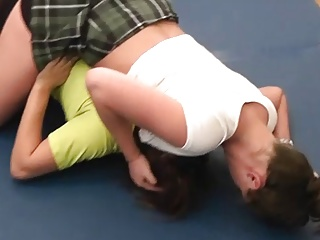 Skinny Latina Homemade video: #44 Feel the Squeeze! Bella vs Scarlett Female Wrestling
