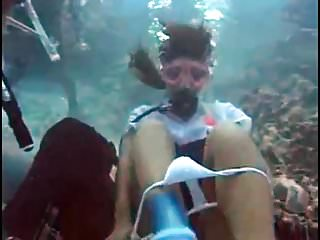 Amateur,Homemade,Outdoor,Public,Pussy,Underwater