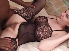 Creampie nera per una giovane e adorabile moglie - R4B
