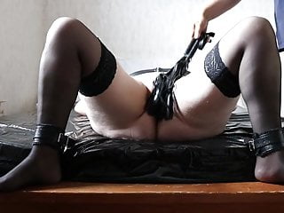 Amateur Bdsm Spanking video: Cunt Whipping Pussy Spank