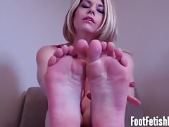 Moje stopy będą się czuły tak dobrze na twoim twardym kamieniu