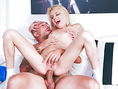 Letsdoeit - Italian Fledgling Does Anal Invasion At Porno Casting