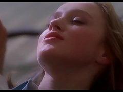 Joven rubia primera vez sexo en dentista divan