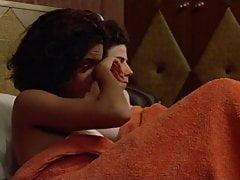 Thandie Newton - Flirter 02