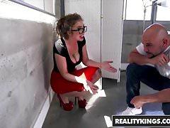 RealityKings - Big Tits Boss - Jmac Lena Paul - Mi jefe caliente
