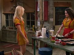 Beth Behrs, Kat Dennings - 2 Broke Girls S01 E05 y E08