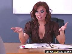 Brazzers - Big Tits in der Schule - Britney Amber Xander Corvus