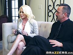 Brazzers - Big Tits at Work - Scena Cum Into My Business Deal