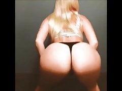 Amanda Cross: Booty Bounce