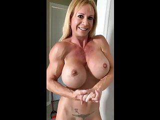 Big Tits Milf Mature video: Muscle MILF Riding A Dildo