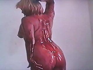 Stockings Blonde xxx: Splosh Dance
