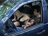 Lekker geilen in de auto