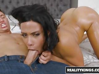 Ebony naija ladys hairy pussy naked