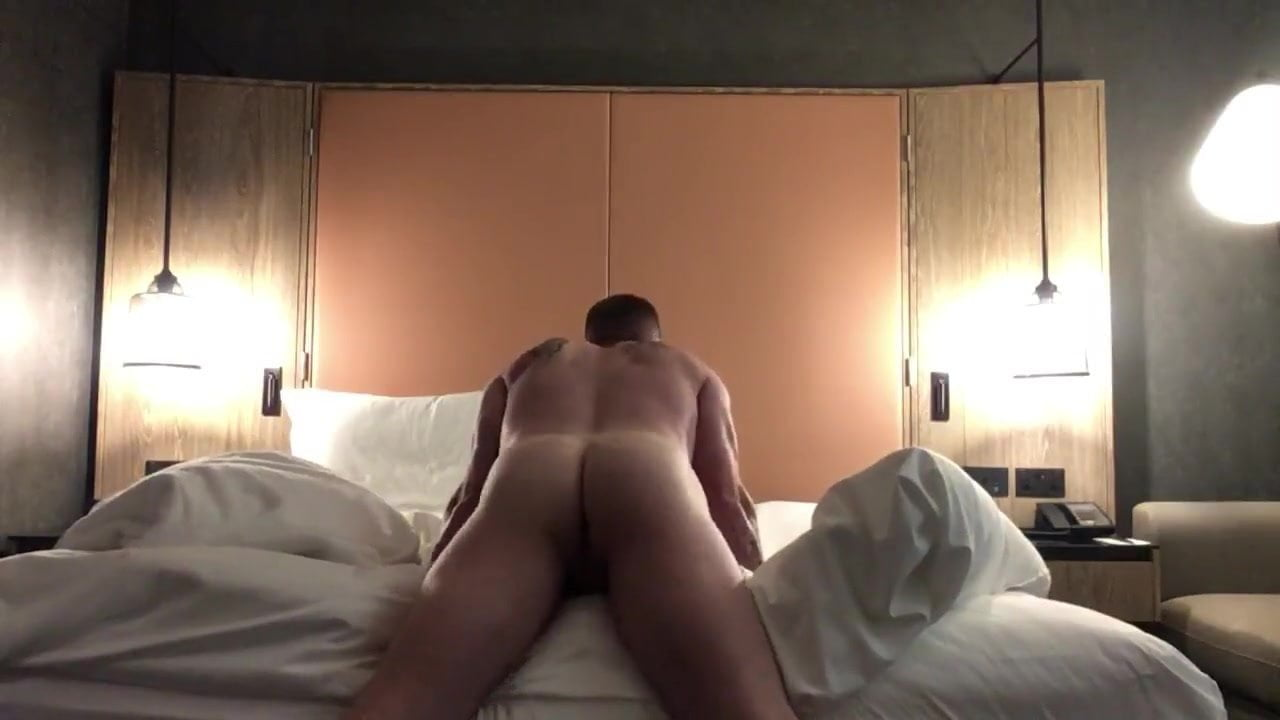 Teen Pillow Humping Squirt