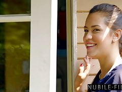 Nubile Films Czas gry! Touchdown My Pants S28: E29