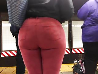 Black And Ebony Amateur video: Ebony Teen Booty in Red Jeans