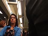 ManjouRola #02 - Coroa olhando rapidinho no metro