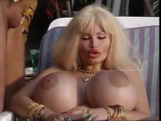 Blowjobs Hardcore porno: Le King de ces dames (1995)