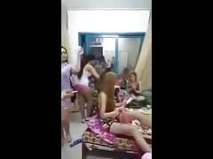 Ragazze tunisine a Saudia Arbia