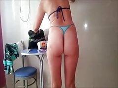 Corno natáčí ženskou fenku