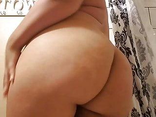 Bbw African American video: BBW Fan Playing With Big Beautiful Ass