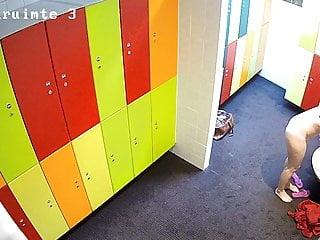 Voyeur Teen movie: Hidden camera in the locker room 4