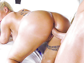 Tits Pornstar Big Cock video: Curvy Kyra Hot enjoys pussy fucking with a huge cocked guy