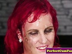 Redhead britská koktejlování ve skupině pro bukkake