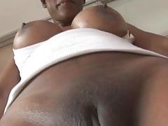 Sexy Black Milf in tight Spandex Cameltoe Tease