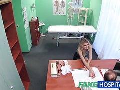 FakeHospital Apertado buceta faz médico cum duas vezes