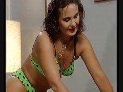 Amazone percée profitant d'une chevauchée anale